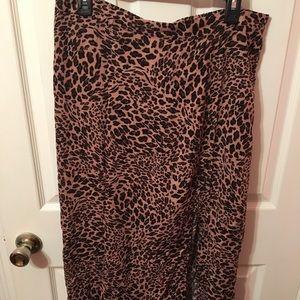 Wild fable slit skirt